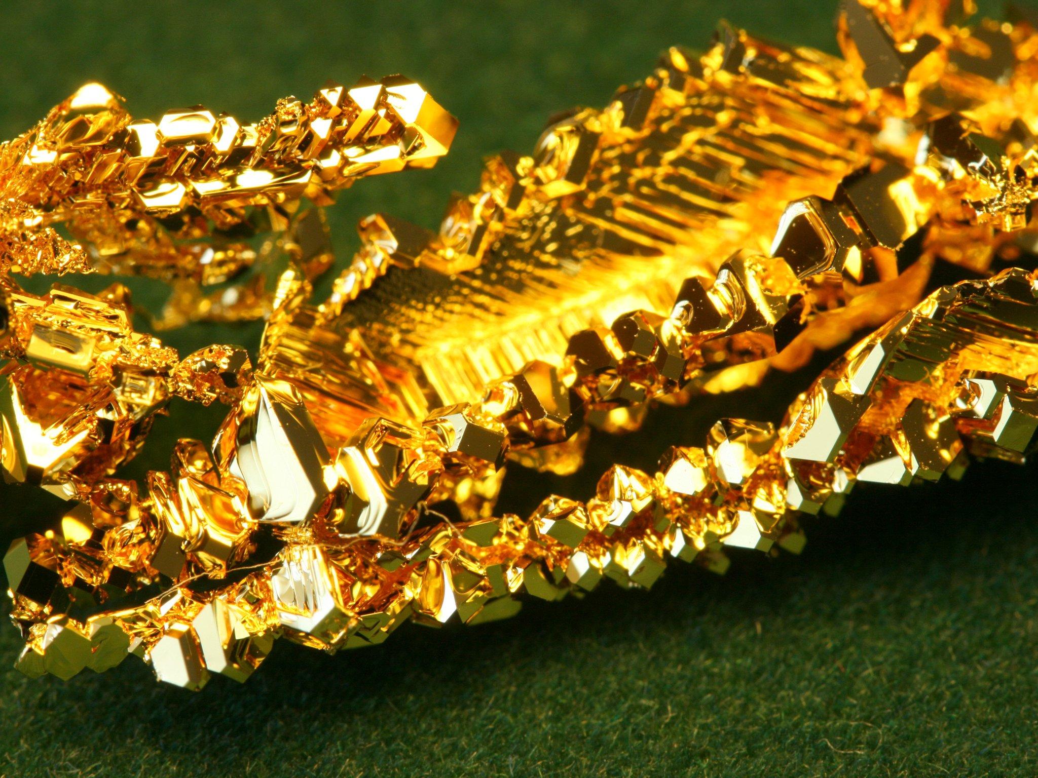Прогноз цены на золото на 2022 год